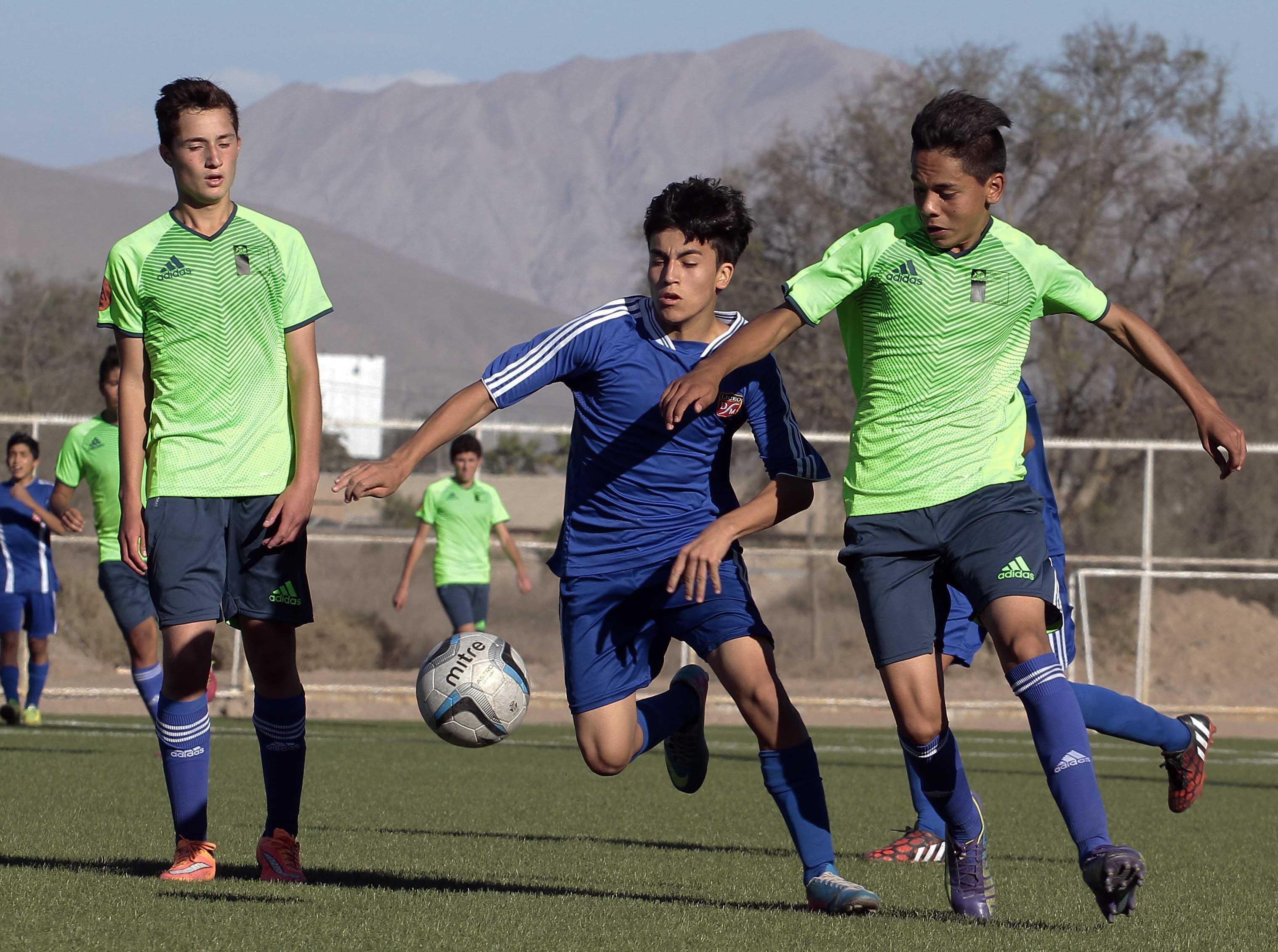 Futbol Escolar de los Juegos Deportivos Escolares: Arica pierde el Liderato del grupo A