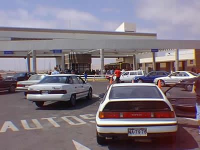 "Sacan de Circulación a 15 vehículos ""Piratas"" que Cumplían el trayecto Arica a Tacna"