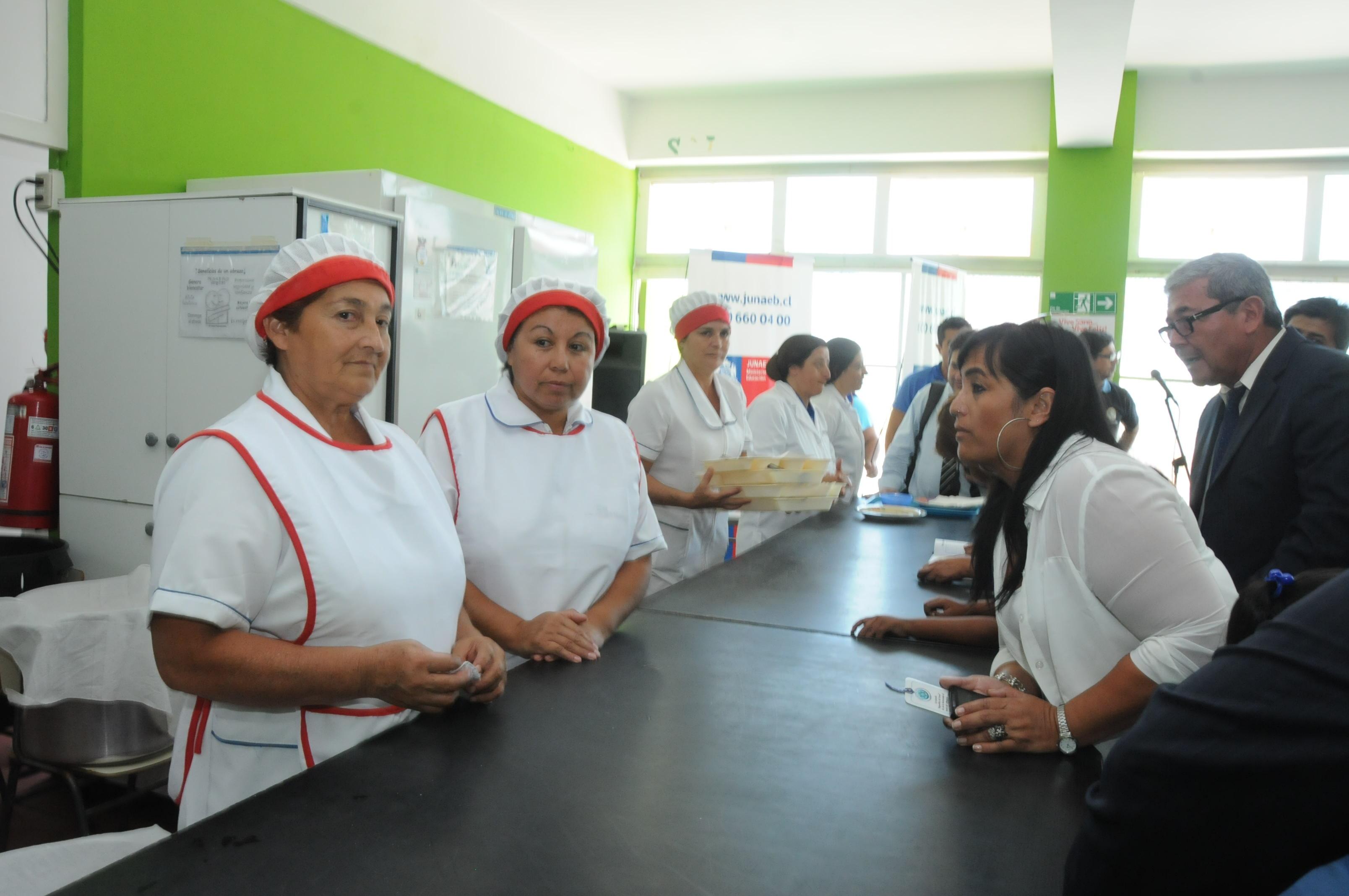 59 mil Escolares Reciben Almuerzos en sus Escuelas