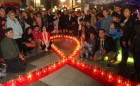 Arica y Parinacota recordó a fallecidos por SIDA con vigilia en Paseo 21 de mayo
