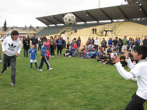 Arica Al Día Iván Zamorano Ofrecerá Clínica De Futbol A