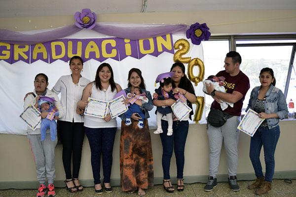 01 graduacion bebes neo hospital arica